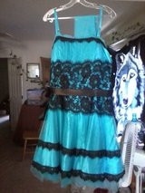 size 16 dress in 29 Palms, California