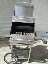 STAINLESS STEEL Gas Grill in Warner Robins, Georgia